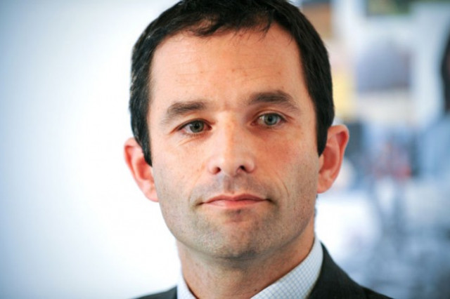 Benoît Hamon, robotics and taxes